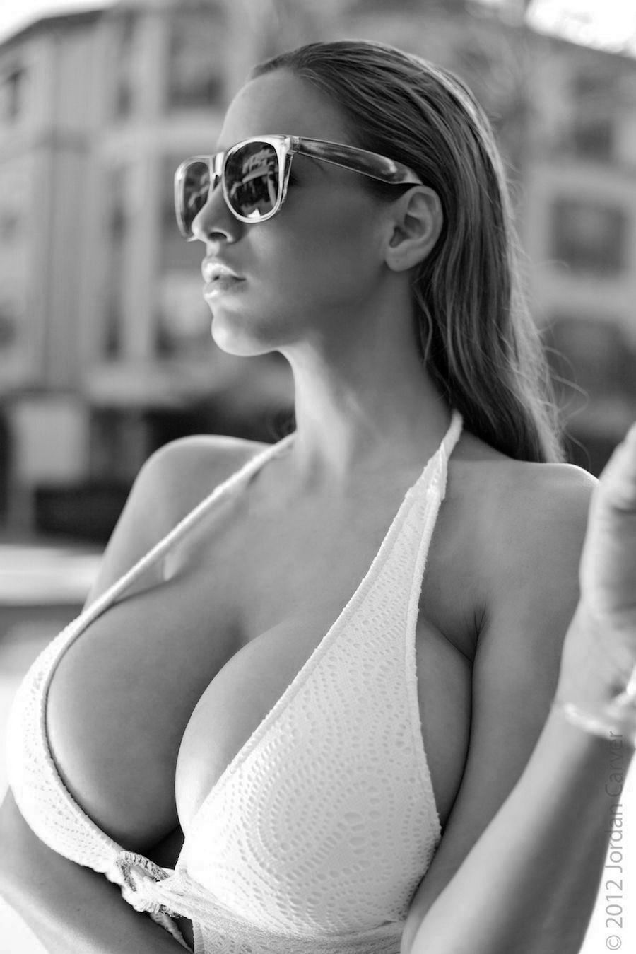 revealing shirt large breasts